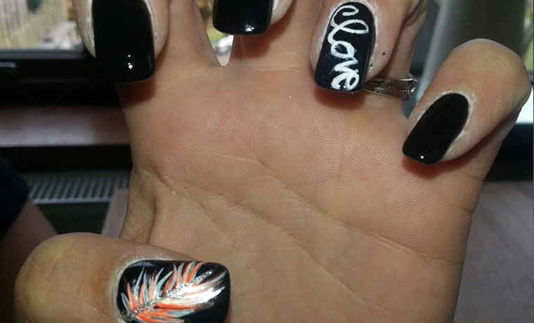 Freehand feather & love nail art