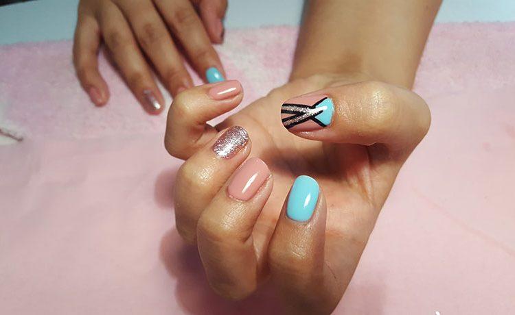 Gel Holiday Nails Freehand Nail Design Amandas Amazing Nails